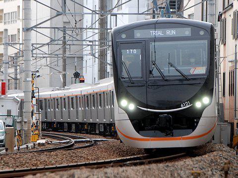 6121F 大井町線内試運転の画像