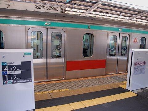 DT13_gate_04.jpg