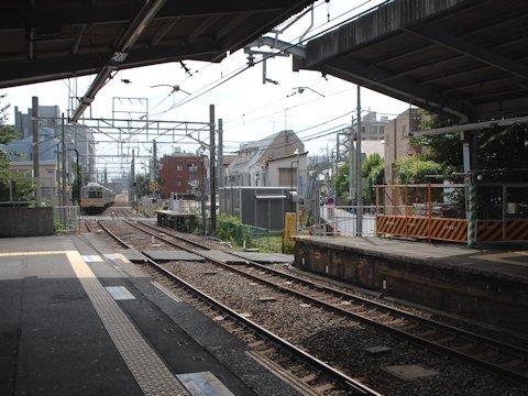 戸越公園駅ホーム拡張工事 2012年7月の画像